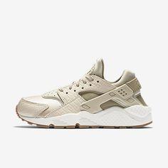Nike WMNS Air Huarache Run PRM Suede (grau   braun) - 833145-001    43einhalb sneaker store   Shoewear   Pinterest   Nike air huarache,  Huaraches und Nike 716befcd74