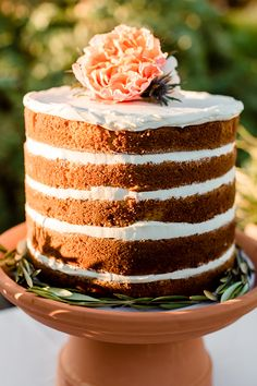 Naked Cake with flowers Wedding Cake Photos, Wedding Cake Designs, Wedding Cakes, Wedding Ideas, Cupcakes, Cupcake Cakes, Köstliche Desserts, Delicious Desserts, Cake Magique
