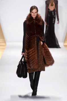 Mendel Fall 2013 Fur Coat Runway - Fall 2013 Trends Fur - ELLE