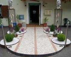 unsere Tür steht für Sie offen Home Decor, Environment, House, Pictures, Homemade Home Decor, Decoration Home, Interior Decorating