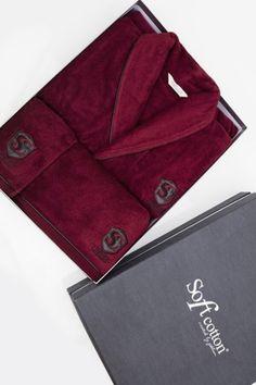 Dárčekový box LUXURY obsahuje župan, froté uterák a osušku. Vo farbe bordo a bežovej.