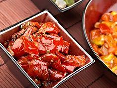 Recept : Salát z pečených paprik s bylinkami | ReceptyOnLine.cz - kuchařka, recepty a inspirace