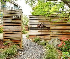 How to Choose the Right Fence – 45 Delightfully Different Garden Walls and Fences