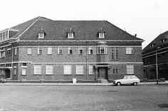 1976: Christus Koning KloosterOmschrijving. Na 40 jaar als klooster gebruikt te zijn werd dit pand met ingang van 20 juli 1976 door de zusters Franciscanes- sen verlaten.