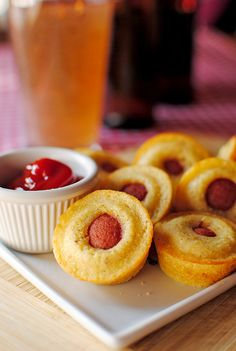 Mini Corn Dog Muffins...try it with vegetarian hot dogs??