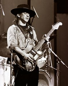 Stevie Ray Vaughan - the best there ever was.
