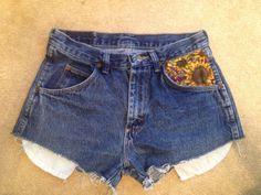 Wrangler sunflower pocket high waist shorts size 27 on Etsy, $32.00