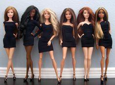 I'm a Barbie girl. Diy Barbie Clothes, Barbie Hair, Barbie Dress, Barbie Room, Doll Clothes, Hello Barbie, Barbie Fashionista Dolls, Made To Move Barbie, Barbie Basics
