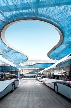Bus Terminal And Train Station Square, Aarau - Picture gallery Roof Architecture, Futuristic Architecture, Architecture Details, Bus Shelters, Bus Terminal, Shade Structure, Marquise, Canopy Outdoor, Bus Station