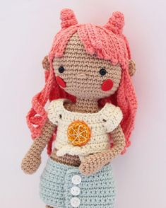 My new doll, Coral :) (selling the pattern in Etsy, Spanish only) : Amigurumi Gato Crochet, Crochet Gratis, Knit Or Crochet, Crochet Crop Top, Make Your Own, How To Make, Doll Tutorial, New Dolls, Amigurumi Doll