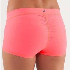 Lululemon yoga shorts Good condition. Draw string front lululemon athletica Shorts
