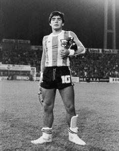 Diego Armando Maradona. Diego Armando, Messi 10, World Cup Final, Sport Football, Camellia, Madrid, Cool Photos, Running, Instagram
