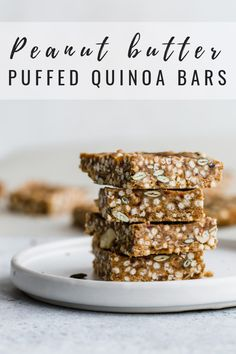 These puffed quinoa, date & peanut butter bars are a healthy snack packed with ingredients to give you long-lasting energy! Healthy Bars, Healthy Vegan Snacks, Vegan Treats, Healthy Dessert Recipes, Baking Recipes, Vegan Recipes, Snack Recipes, Free Recipes, Healthy Shakes