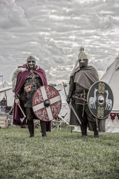 stainless-pale-freedom: Viking / Celt warrior dress with weapons & armour. badass