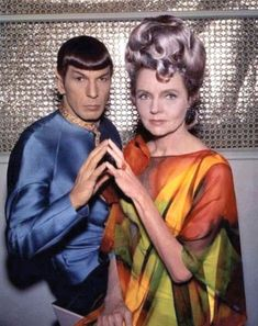 A Fascinating Look at Life Behind the Scenes of Star Trek's Second Season. Spock and his mother Amanda Star Trek Original Series, Star Trek Series, Star Trek Enterprise, Star Trek Voyager, Star Trek Actors, Star Trek Generations, Star Trek Spock, Star Trek Images, Star Trek Universe