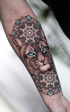 Mandala Tattoo Design, Animal Mandala Tattoo, Half Mandala Tattoo, Tattoo Designs For Women, Tattoos For Women, Sexy Tattoos, Small Tattoos, Tattos, Pinguin Tattoo