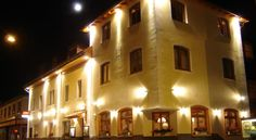 Hotel Astras Scuol Hotel Astras in Scuol offers direct and free access to the Bogn Engiadina Spa include 2 swimming pools. It offers Alpine-style rooms, free WiFi and free parking.