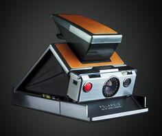 I had one of these in the 70's. I recently acquired another one on eBay. Polaroid SX70 Land Camera