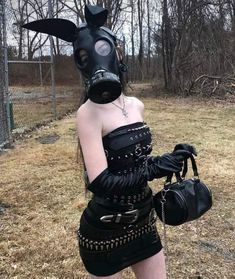 Interesting and funny pictures pics] Grunge Outfits, Gothic Outfits, Edgy Outfits, Cute Outfits, Fashion Outfits, Goth Aesthetic, Aesthetic Clothes, Alternative Outfits, Alternative Fashion