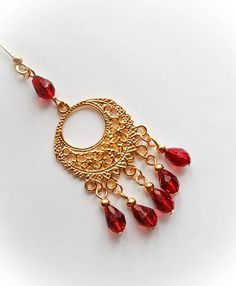 Check out this item in my Etsy shop https://www.etsy.com/uk/listing/508973094/bridal-dangly-hijab-pin-in-yellow-gold