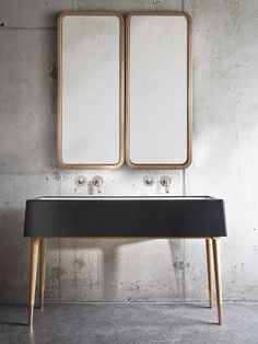 LOVE this vanity/mirror combo.  Designer: Nika Zupanc Fotógrafo: Sasa Hess Fonte: yellowtrace
