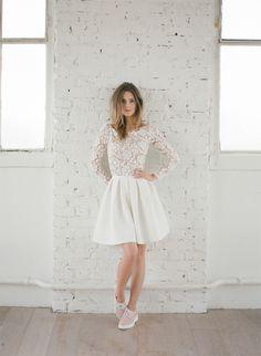 Nouvelle collection 2015 de robes civiles - Rime Arodaky - Créatrice de robes de mariée | Modèle: Clover | Crédits: Greg Finck | Donne-moi ta main - Blog mariage