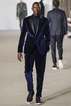 Sfilata Moda Uomo Todd Snyder New York - Primavera Estate 2019 - Vogue Ny Fashion Week, Fashion Show, Mens Fashion, Runway Fashion, Wedding Suit Styles, Wedding Suits, Tuxedo Suit, Tuxedo For Men, Vogue Paris