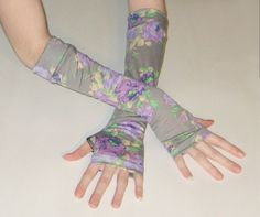 Roses are purple- arm warmers made of cotton jersey knit fabric with a gray and purple floral print- handmade  by www.etsy.com/shop/mellode