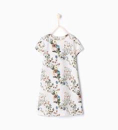 Vestido com estampado de flores da Zara A/W 16