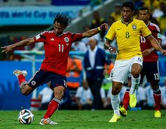 """Así como es en la cancha frentero, con la mirada hacía adelante y confiado de sus condiciones, Juan Guillermo Cuadrado, quien está en Medellín pasando estos días de vacaciones no se amilanó el afirmar que """"Colombia sí puede ser campeona del Mundo"""". """"Se aprende de las victorias y derrotas. Sentimos que se podía avanzar más, […]"""