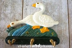 Vintage Gartendeko - Hakenleiste Schüsselbrett Regal Gusseisen Gänse - ein Designerstück von elisabethUNDjohannes bei DaWanda