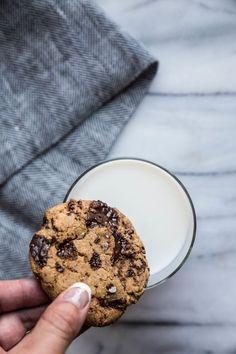 Chocolate Chunk Coconut Oil Cookies from Oatmeal Raisin Cookies, Chocolate Chunk Cookies, Chocolate Flavors, Coconut Oil Cookies, Cauldron Cake, Raspberry Rhubarb, Vegan Wedding Cake, Cheesecake Tarts, Roasted Strawberries