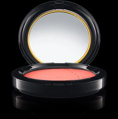 MAC Cosmetics: The Simpsons Powder Blush in Sideshow You