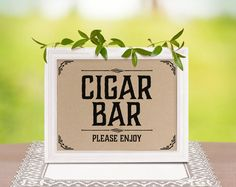 Cigar bar wedding sign. Rustic wedding decor. Cigar bar decor. Wedding shower decorations. Rustic, country themed party supplies. von SunnyNotes auf Etsy https://www.etsy.com/de/listing/233513812/cigar-bar-wedding-sign-rustic-wedding