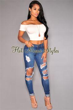 Latina Skinny 43
