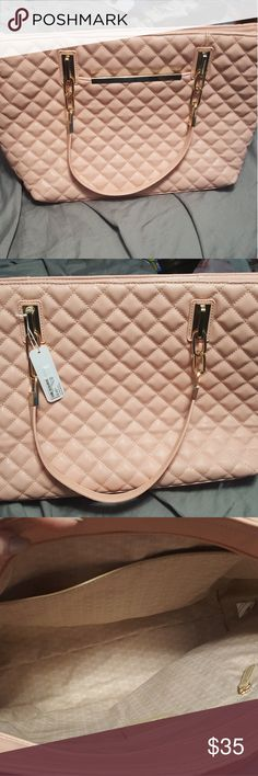 Charming Charlie Tote Pale pink tote. Never used. Bought on here from another girl and just never used it. Charming Charlie Bags