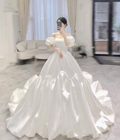 Dream Wedding Dresses, Bridal Dresses, Wedding Gowns, Prom Dresses, Formal Dresses, Wedding Dress Necklines, Necklines For Dresses, Wedding Dress Gallery, Fantasy Gowns