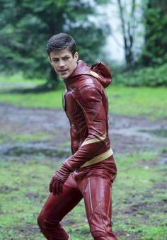 Grant Gustin asBarry Allen in The Flash 4.23 (x)