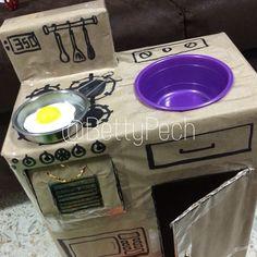 Cardboard kitchen stove  Cocinita de cartón