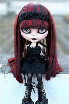 Goth Pullip doll