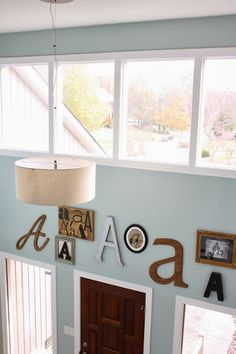 MUST PIN! How to Create Your Own Monogram Gallery Wall A step-by-step tutorial - Designer Trapped in a Lawyer's Body. Modern Foyer, Monogram Wall, Farmhouse Wall Decor, Wall Spaces, Diy Wall, Wall Art, Diy Home Decor, Sweet Home, House Styles