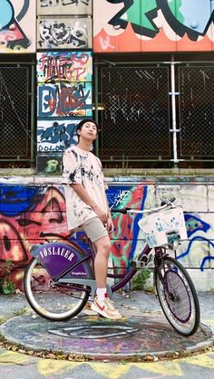Hhhhhh Joonie Oppa you look so hot ♡♡♡ Foto Bts, Bts Photo, Kim Namjoon, Jung Hoseok, Ramones, Teen Wolf, Kim Daily, V Bts Wallpaper, Bts Rap Monster