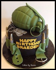 #KatieSheaDesign ♡♡  Call of Duty cake  ( Pinned For Inspiration... no instructions on site)