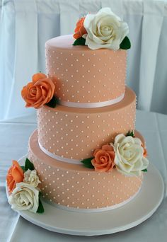 Flexi Paste and Flexi Lace are high quality robust flexible edible cake decorating products. Flexi Paste is easy to use - just add water and create incredibly realistic edible flowers and cake decorating flowers and other edible cake decorating items such as edible cake decorating people an