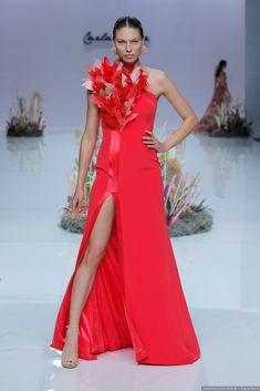 6b605ce6e Vestidos de fiesta Carla Ruiz 2019  ¡Un viaje al fondo del océano!