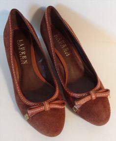 18.69$  Watch here - http://vinfh.justgood.pw/vig/item.php?t=ng6z4iz32568 - Lauren Ralph Lauren Bernee Brown Suede Wedges Size 5.5 B EUC Bow Heels 18.69$