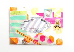 rose-et-sucrerie: Cute mail via hellosandwich Origami Envelope, Envelope Art, Decorated Envelopes, Handmade Envelopes, Japanese Stamp, Snail Mail Pen Pals, Letter Folding, Envelope Lettering, Cute Stationary
