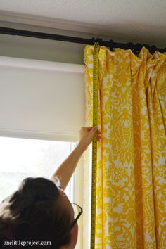 How to make blackout curtains.  A step by step tutorial with tons of helpful photos!