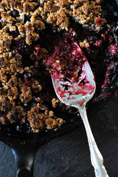 Our mixed berry crumble recipe is a secretly healthy dessert that is an easy way to delight your sweet tooth! #dessert #recipes #fruit #berries #crumble