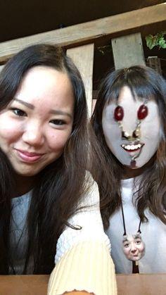 na-naさん(@happy_naa)は、友達と顔を交換しようと思ったところ、自分のネックレスと交換されてしまいました。